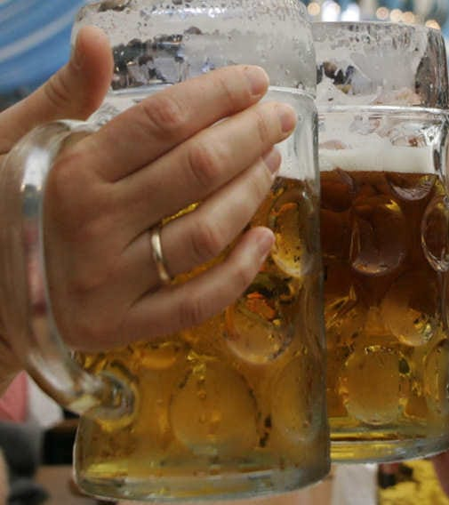 Deutsche trinken weniger Bier