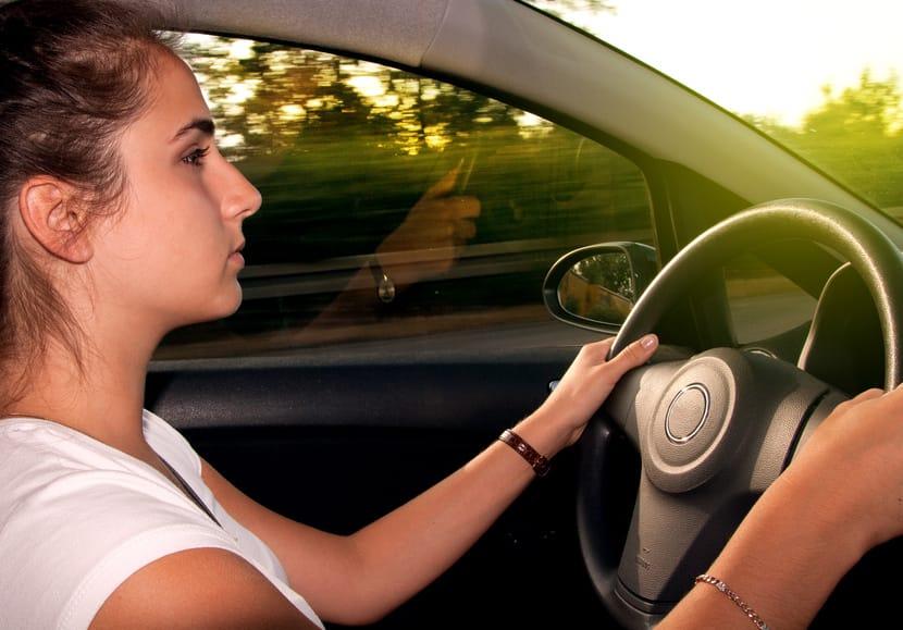 Wann Azubis unter 18 alleine Auto fahren dürfen