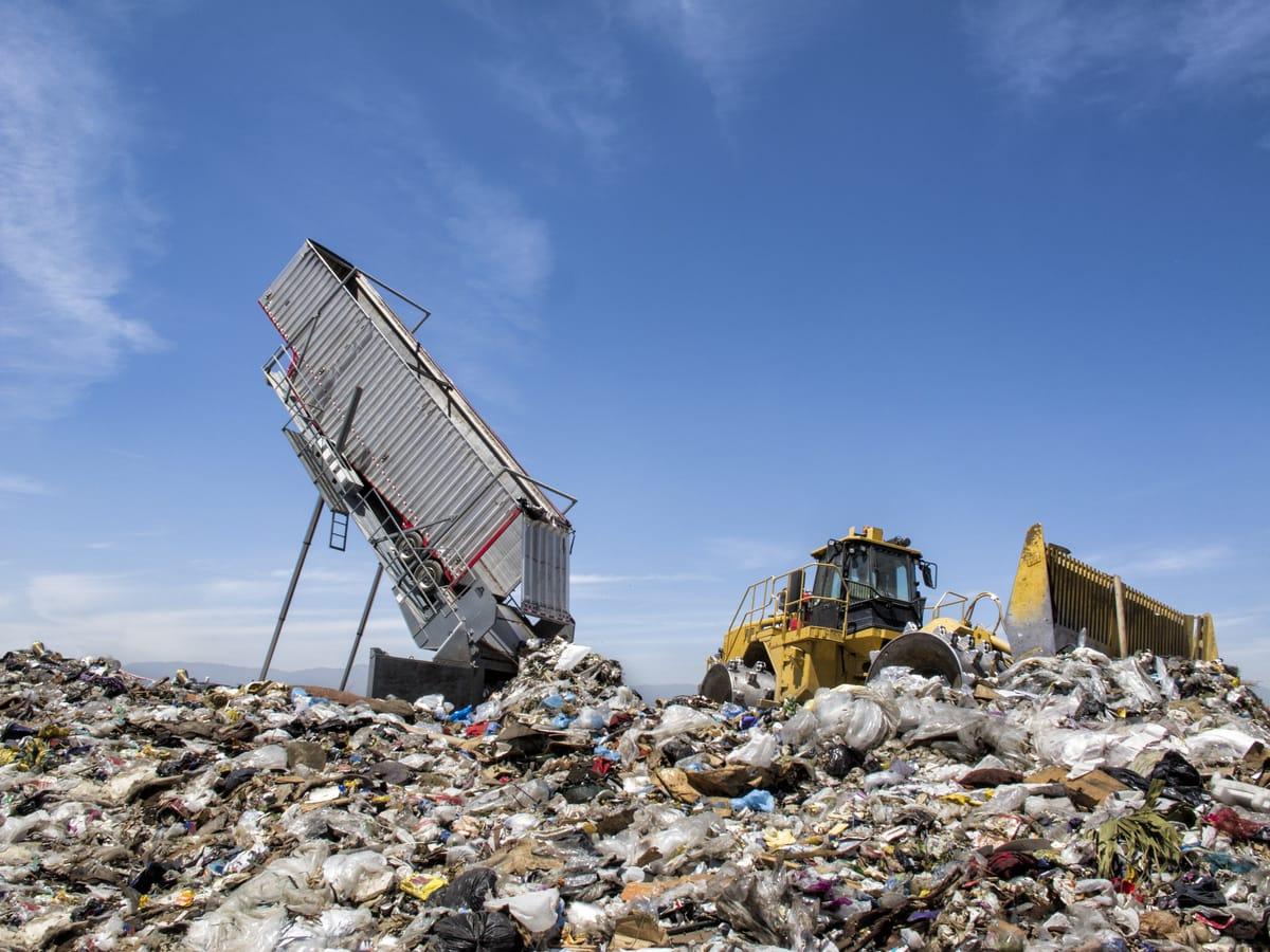 Transport gefährlicher Abfälle: Registrierungspflicht erst ab zwei Tonnen