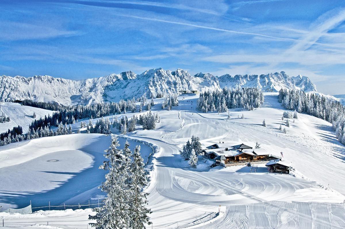 Wilder Kaiser: Eine weite Arena in Weiß