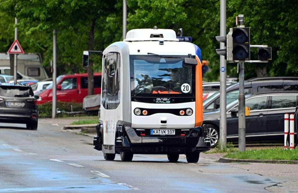 Eva-Shuttle, autonom fahrender Bus