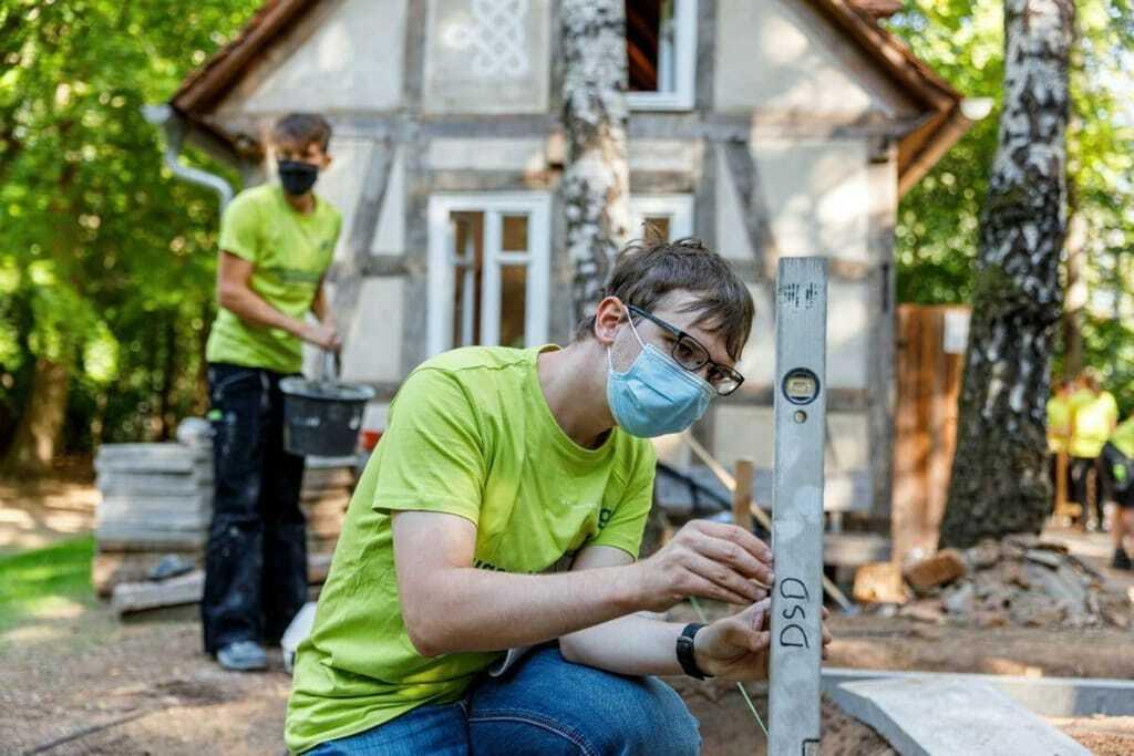 Arbeiten in der Jugendbauhütte Hessen-Marburg