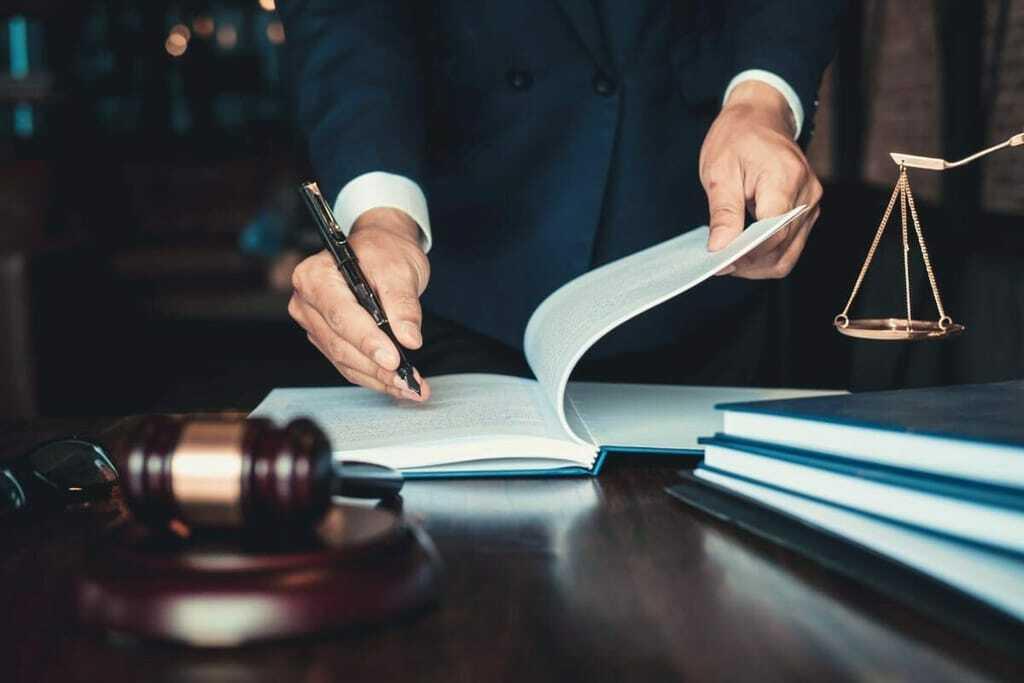 anwaltliche Rechtsberatung für Flutopfer