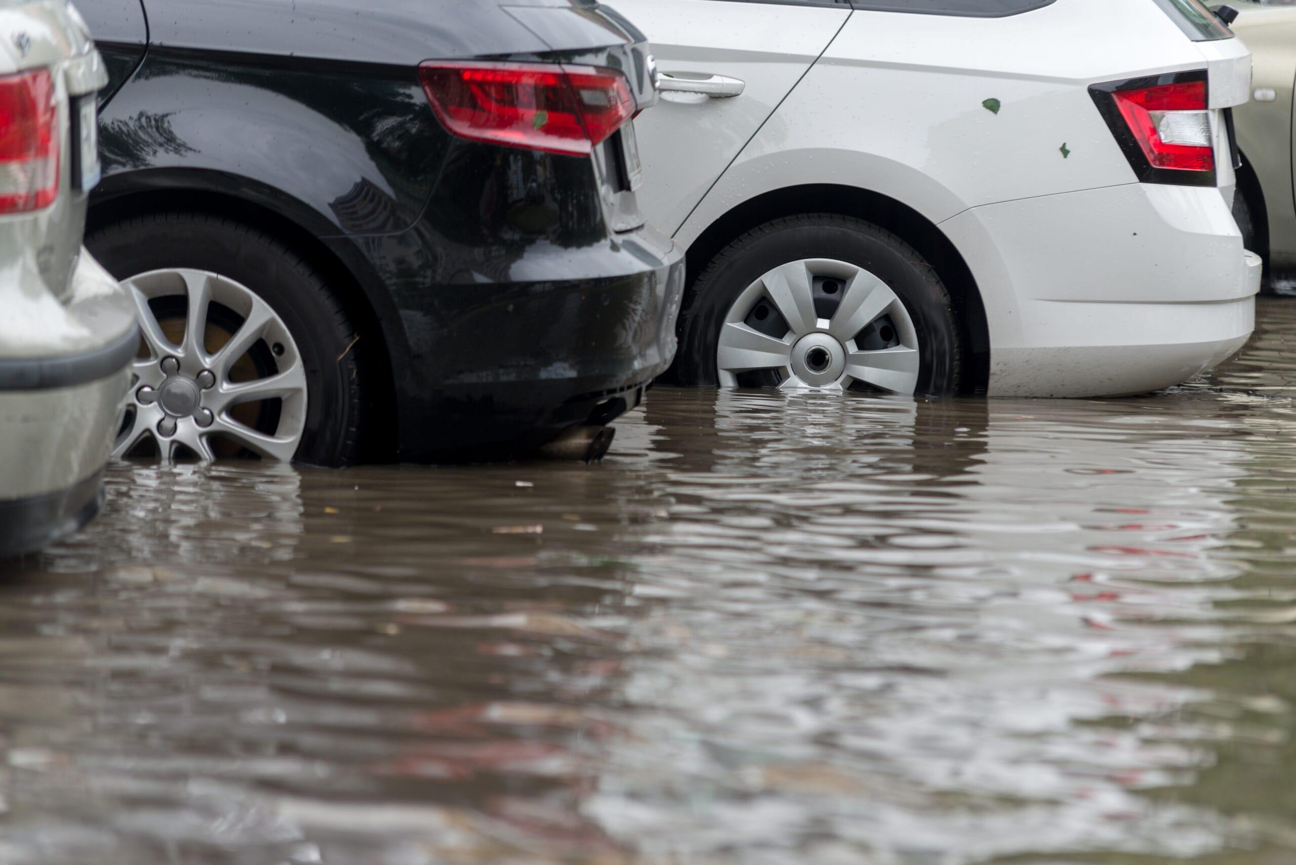 Nach Hochwasser: Kfz-Betriebe machen alte Autos wieder fit
