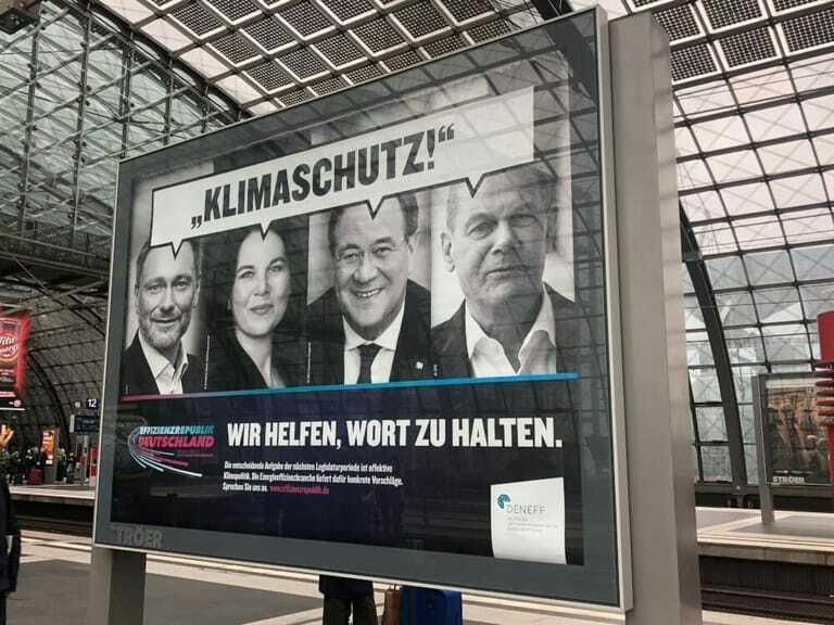 Plakataktion erinnert an Wahlversprechen